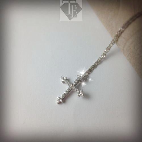鑽石十字架